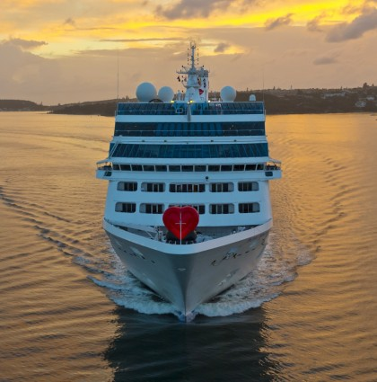 "Princess Cruises – Pacific Princess ""Love boat"" arrives in Sydney, Australia"
