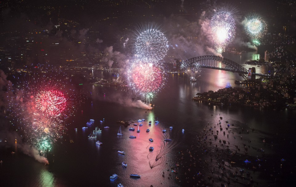 SYDNEY'S NEW YEARS EVE FIREWORKS